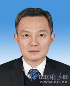 操龙灿任蚌埠市代市长 王诚辞去市长职务(图简历)